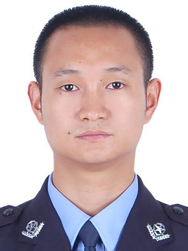 牺牲的所长王涛。 仁寿县公安局 供图