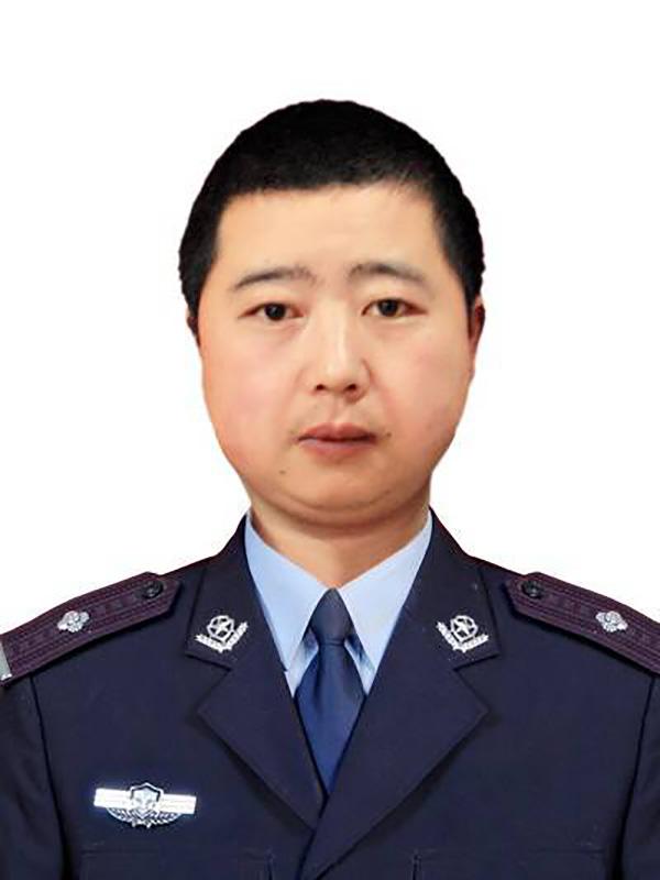 牺牲的辅警廖弦。 仁寿县公安局 供图