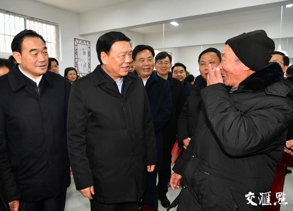 时刻把群众冷暖放心上!五分11选5省委书记娄勤俭在徐州走访慰问