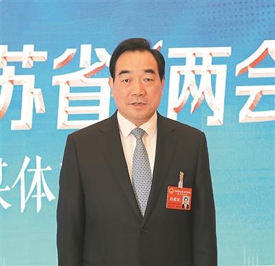 徐州代表团团长周铁根