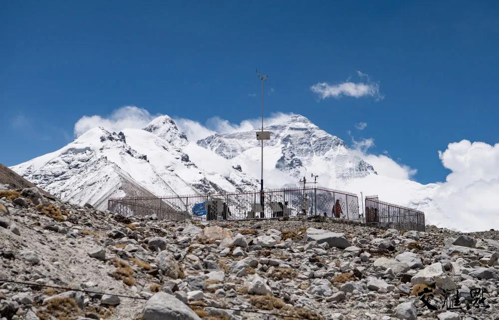 珠峰大本营自动气象站