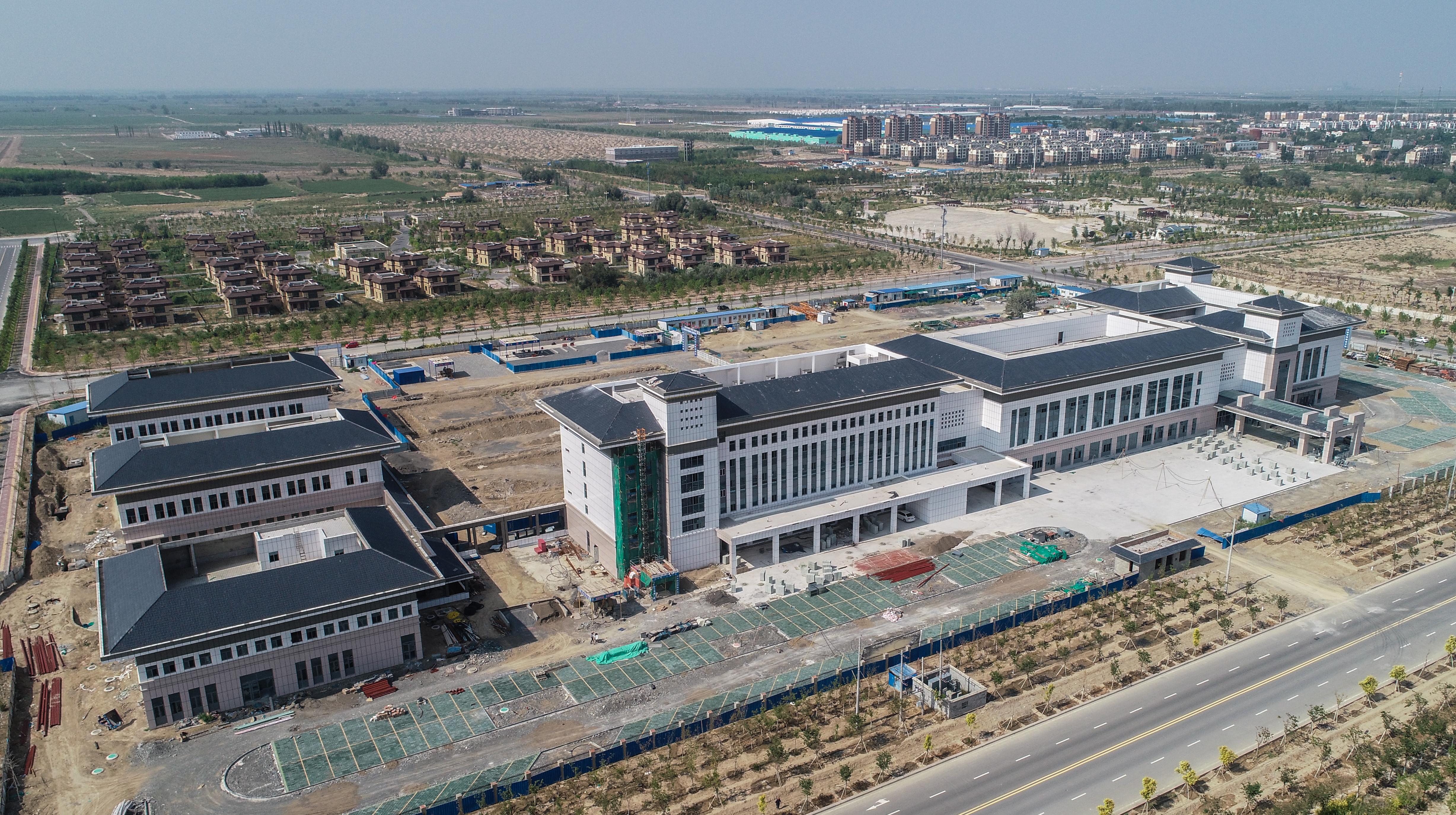 援建项目—第七师胡杨河市人民医院。