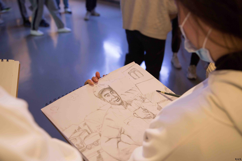 """江苏食品药品职业技术学院开展""""师生共'画'党史""""为主题的教育活动"""